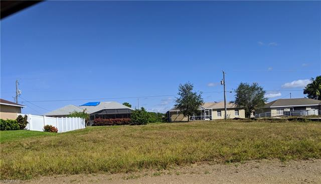 1129 Sw 2nd St, Cape Coral, FL 33991