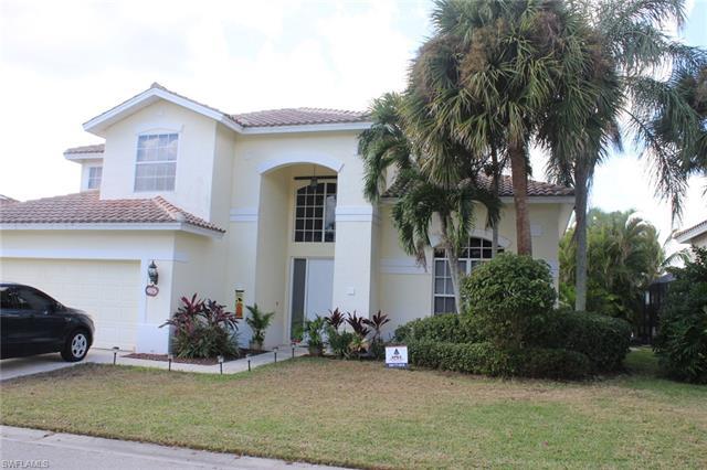 11043 Lakeland Cir, Fort Myers, FL 33913