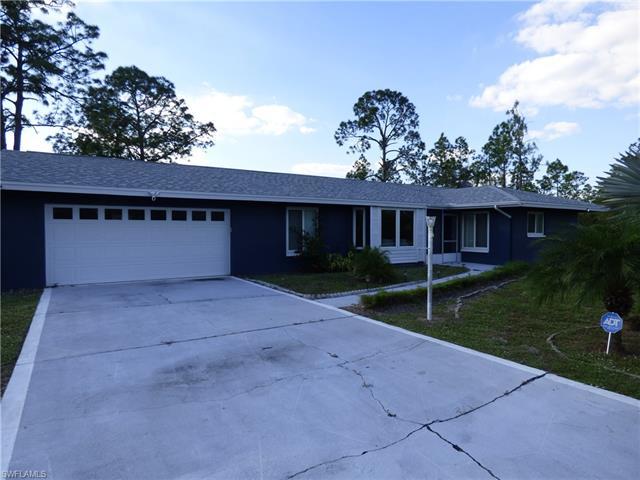 315 Wellington Ave, Lehigh Acres, FL 33936