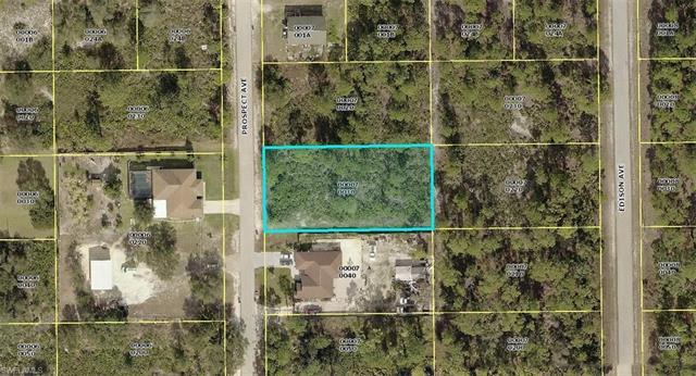 1618 Prospect Ave, Lehigh Acres, FL 33972