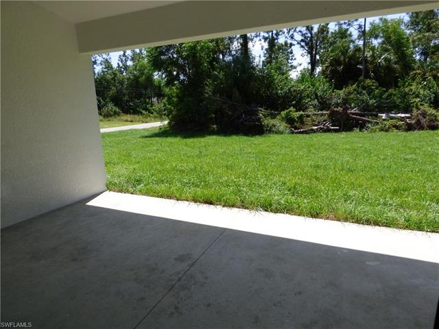 2701 12th St W, Lehigh Acres, FL 33971