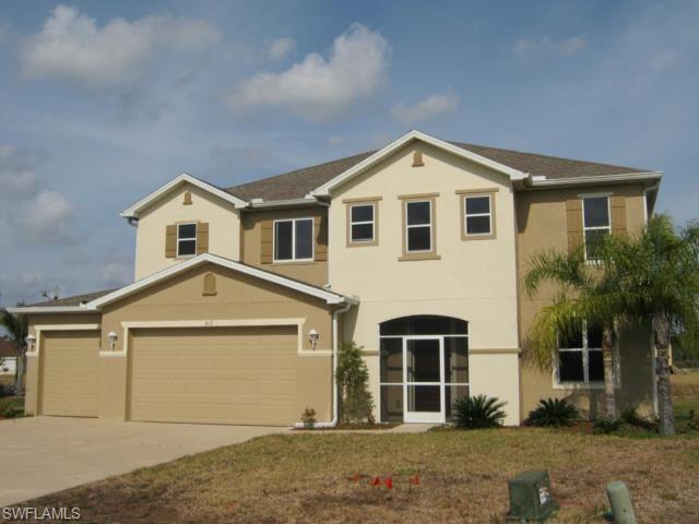 8110 Penta Ct, Lehigh Acres, FL 33972