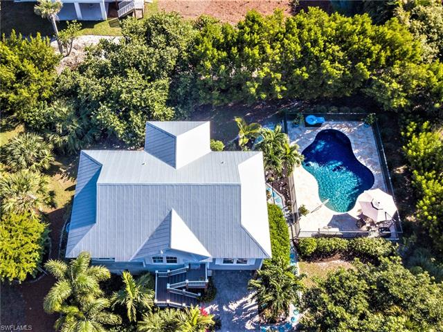 550 Leather Fern Pl, Sanibel, FL 33957