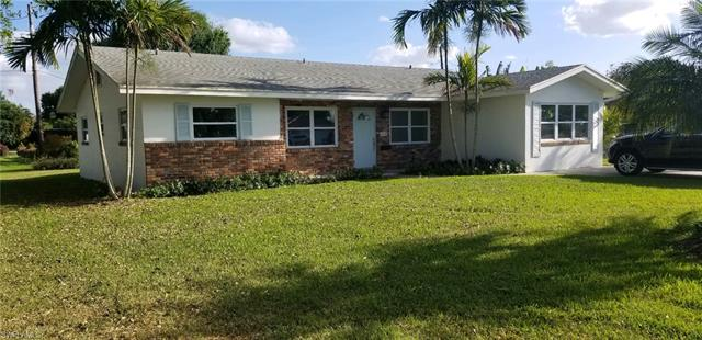 320 W Circle Dr, Clewiston, FL 33440