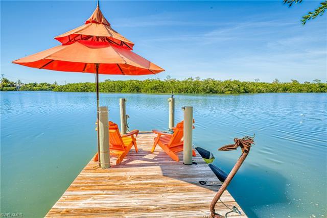 2569 Coconut Dr, Sanibel, FL 33957