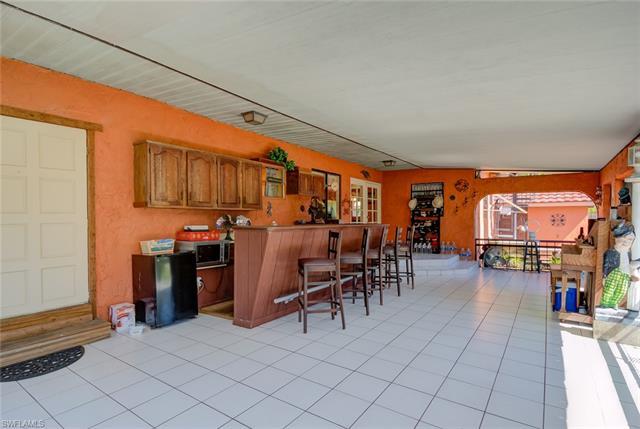 17340 Broadway St, Alva, FL 33920