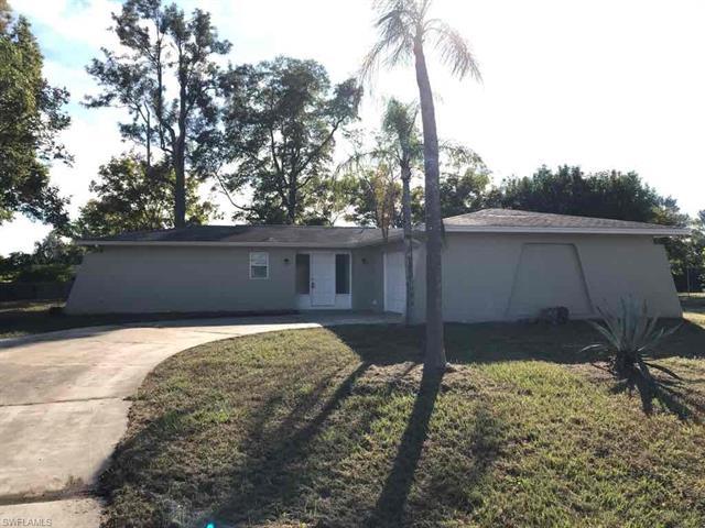 1802 Ridgecrest St, Lehigh Acres, FL 33936