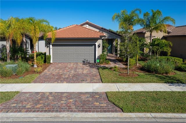 10864 Glenhurst St, Fort Myers, FL 33913