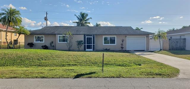 8080 New Jersey Blvd, Fort Myers, FL 33967
