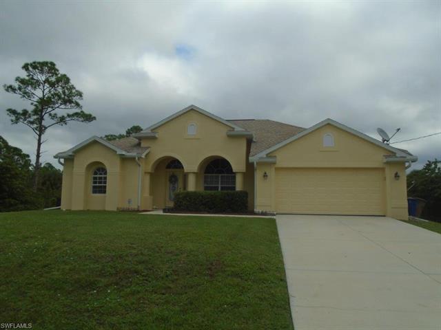 718 Desoto Ave, Lehigh Acres, FL 33972