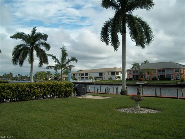 4427 Country Club Blvd H11, Cape Coral, FL 33904