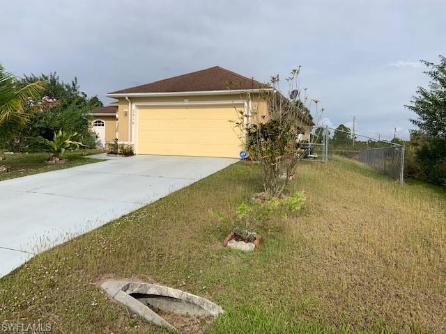 2516 27th St W, Lehigh Acres, FL 33971