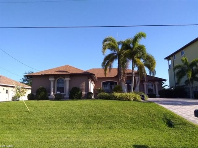 907 Nw 18th St, Cape Coral, FL 33993