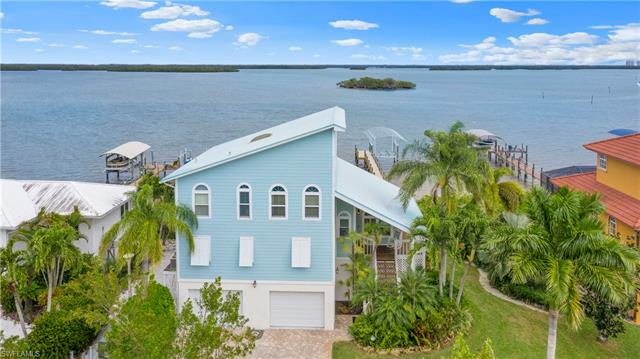 21401 Widgeon Ter, Fort Myers Beach, FL 33931