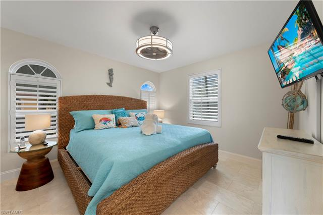 21401 Widgeon Ter, Fort Myers Beach, FL 33931