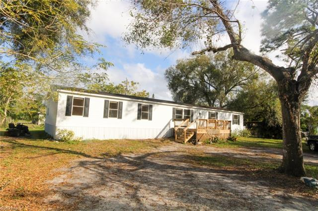 311 Whittier Ave, North Fort Myers, FL 33917
