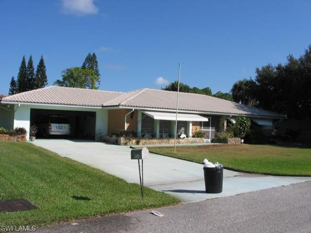409 Hollywood St, Lehigh Acres, FL 33936
