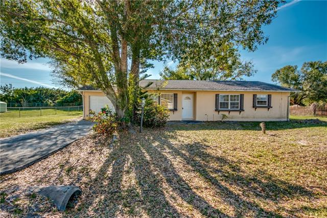 404 Arthur Ave, Lehigh Acres, FL 33936