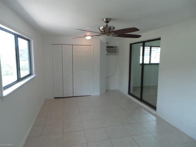921 Se 32nd Ter, Cape Coral, FL 33904