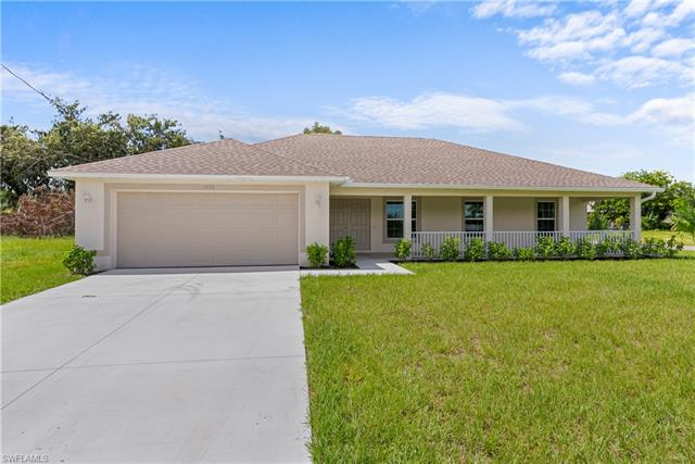 1810 Sw 3rd St, Cape Coral, FL 33991