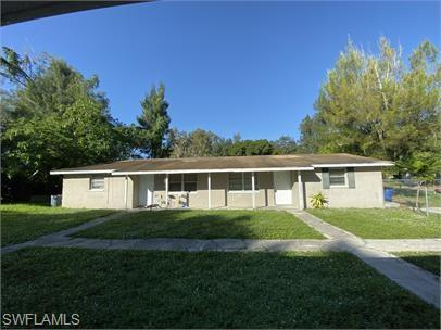 286-296 Lowell Ave, North Fort Myers, FL 33917