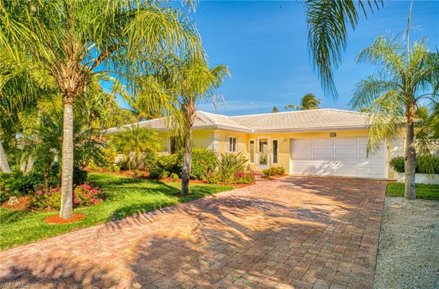 940 Lindgren Blvd, Sanibel, FL 33957
