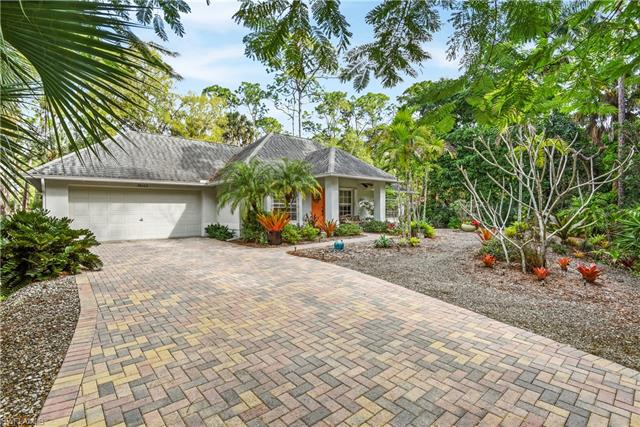 28062 Oak Ln, Bonita Springs, FL 34135