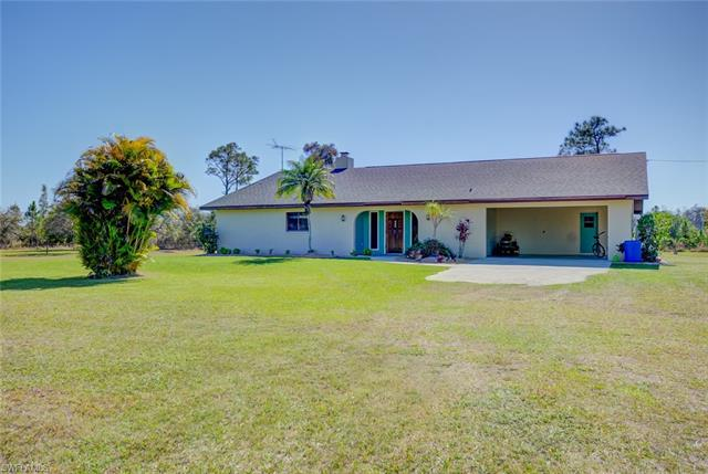 13970 Elkins Rd, Fort Myers, FL 33913