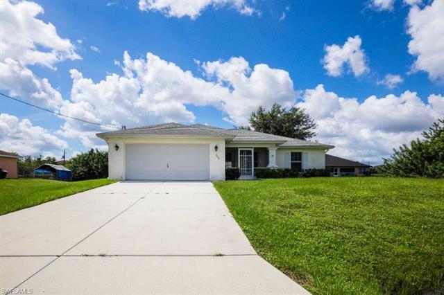 3405 27th St W, Lehigh Acres, FL 33971