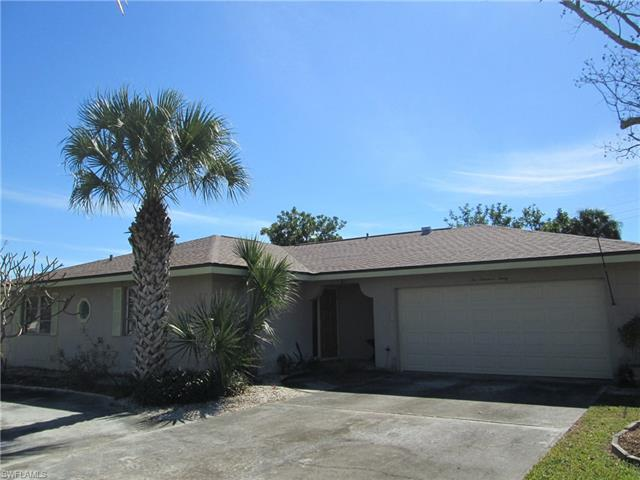 230 Se 44th Ter, Cape Coral, FL 33904