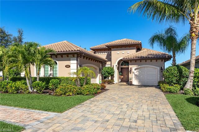7418 Lantana Cir, Naples, FL 34119
