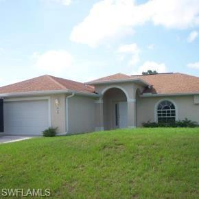 838 Carpenter St E, Lehigh Acres, FL 33974