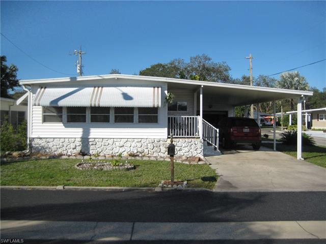 226 Cobblestone Ln, North Fort Myers, FL 33917