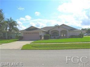 1502 Senior Ct, Lehigh Acres, FL 33971