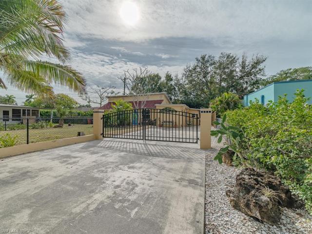 1548 Cordova Ave, Fort Myers, FL 33901