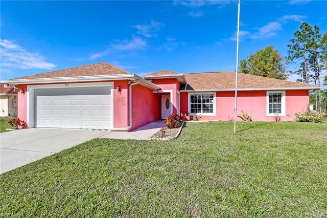 935 Alcalde St E, Lehigh Acres, FL 33974
