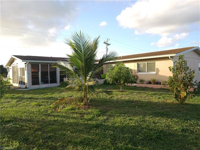 11 Leeland Heights Blvd W, Lehigh Acres, FL 33936