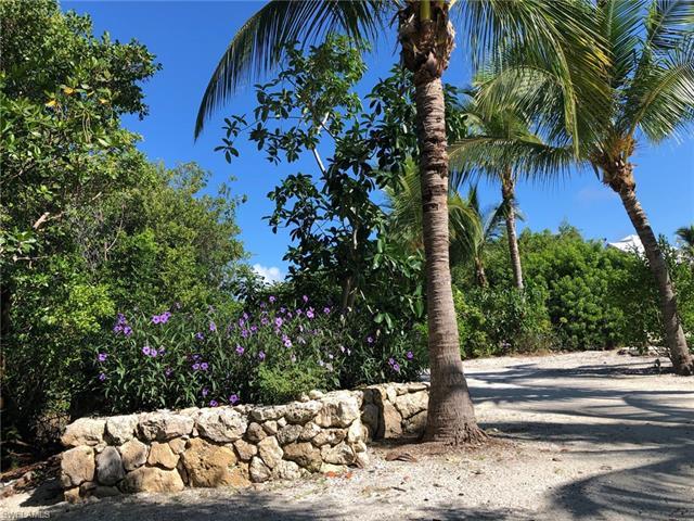 4321 Sol Vista Dr, Upper Captiva, FL 33924