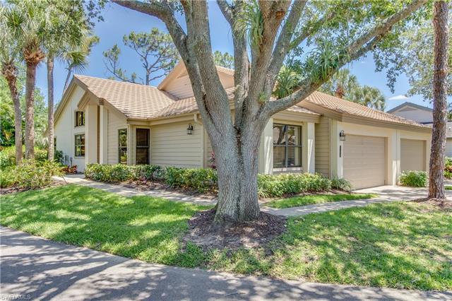 27078 Kindlewood Ln, Bonita Springs, FL 34134