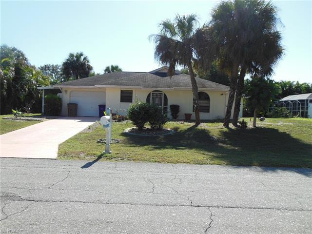 2906 E 5th St, Lehigh Acres, FL 33972