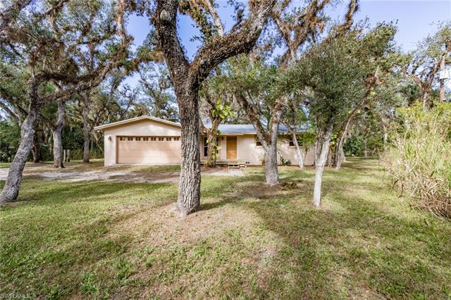 20151 Cypress Creek Dr, Alva, FL 33920