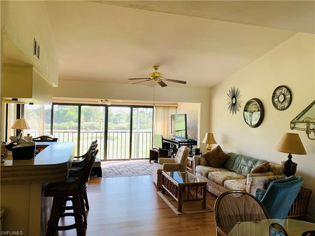 5730 Trailwinds Dr 425, Fort Myers, FL 33907