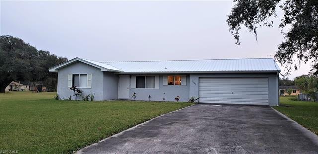 4022 N Edgewater Cir, Labelle, FL 33935