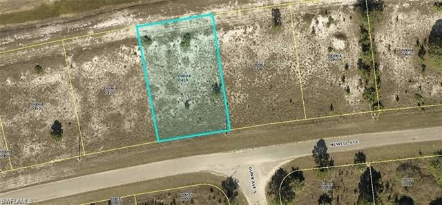 825 Newell St E, Lehigh Acres, FL 33974