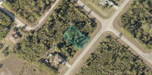 947 Grant Blvd, Lehigh Acres, FL 33974