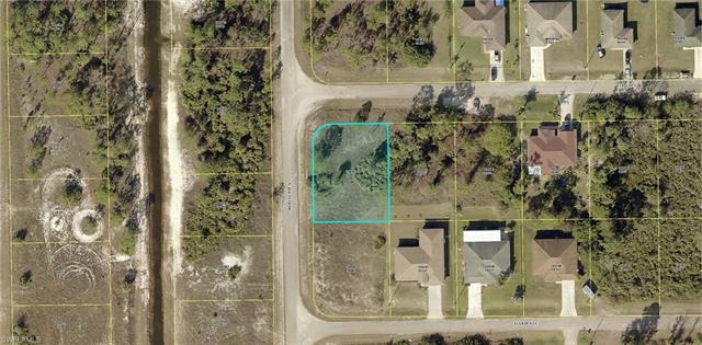 1240 Echo St E, Lehigh Acres, FL 33974