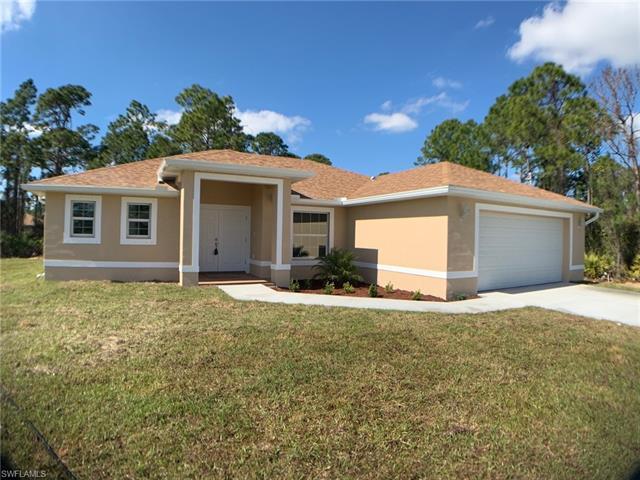 205 Hamilton Ave, Lehigh Acres, FL 33936