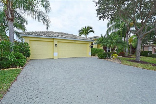 13131 Gray Heron Dr, North Fort Myers, FL 33903