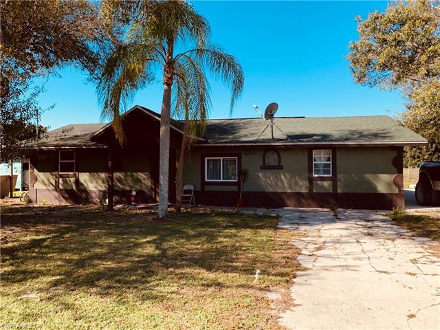 14590 Briar Ln, Fort Myers, FL 33913