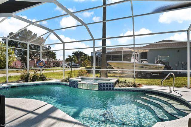420 Se 29th Ter, Cape Coral, FL 33904